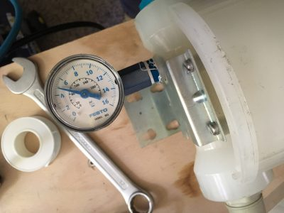 Overpressure chamber test